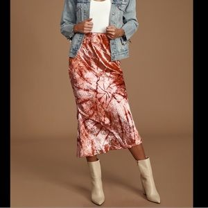 FREE PEOPLE l Serious Swagger Tie-Dyed Midi Skirt